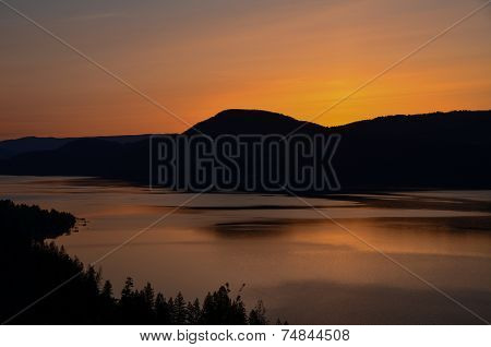 Lake Okanagan sunrise