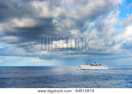 Crise ship