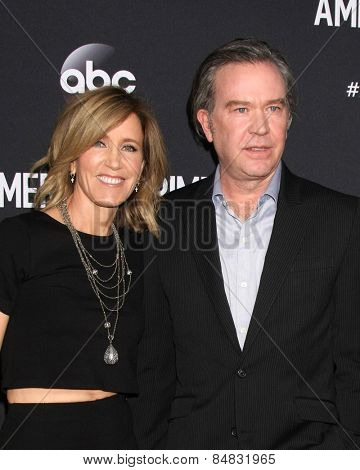 LOS ANGELES - FEB 28:  Felicity Huffman, Timothy Hutton at the