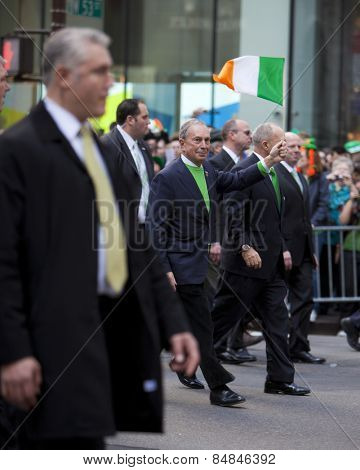 NEW YORK, NY - MAR 17: New York Mayor Bloomberg and Police Commissioner Ray Kelly at the St. Patrick's Day Parade on March 17, 2012 in New York City, United States.