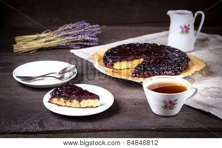 Blackcurrant Pie With Tea