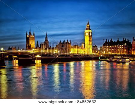 Beautiful Houses of Parliament over the river Thames
