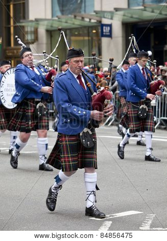NEW YORK, NY, USA - MAR 17, 2014: The annual St. Patrick's Day Parade along fifth Avenue in New York City.