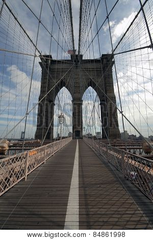 Brooklyn Bridge Without People Walking
