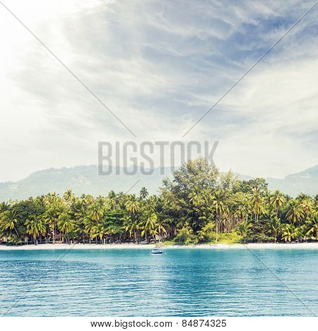 Tropical forest, sea coast and mountains. Siamese bay, Samui, Thailand.