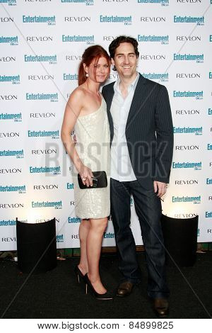 BEVERLY HILLS - SEP 20: Debra Messing and husband at the 6th Annual Entertainment Weekly Pre-EMMY party  on September 20, 2008 in Beverly Hills, California