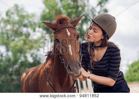 Kissing Horse