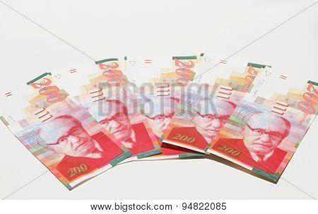 5 Banknotes Of 200 New Israeli Shekels (nis)