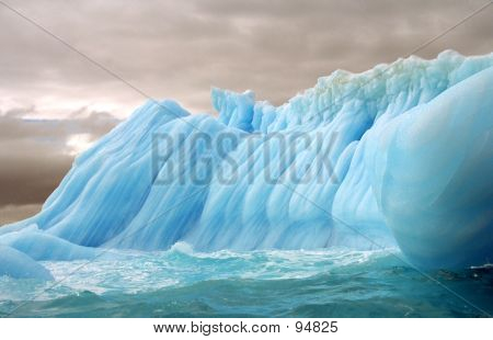 Striped Iceberg 3