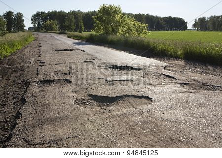 Broken fabric of rural roads in Omsk region.