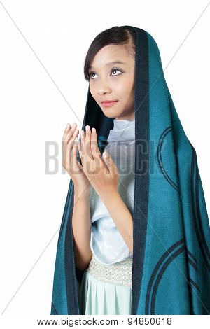 Muslim Woman Pray