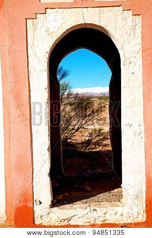Gate   In Todra   Africa And  Village