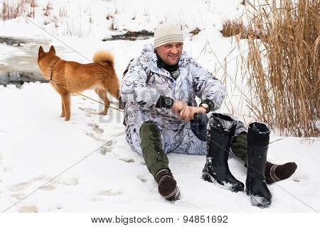 Hunter With Wet Feet