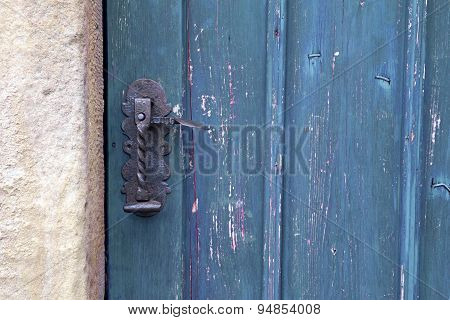 Old Wooden Entrance Door With Antique Door Handle