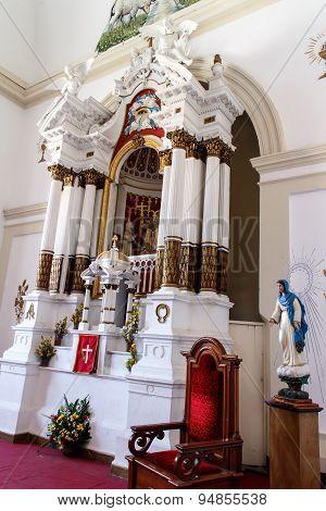 Altar Church Indoor