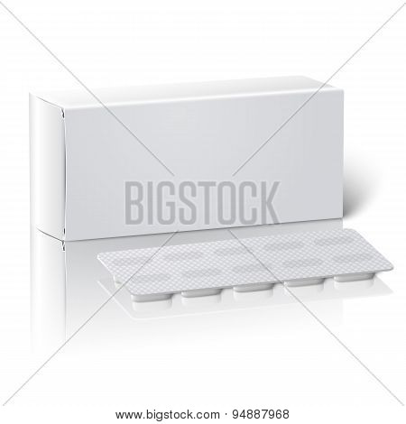 Realistic blank paper medicine package box with Pills in a blister pack. Isolated