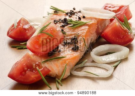 Grilled Salmon Fillet With Tomato On Wood