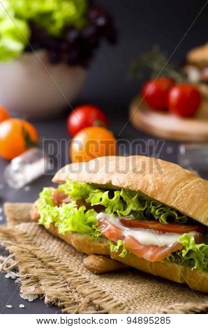 Croissant Sandwich With Salted Salmon