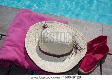 Poolside holiday scenic hatpool towel flip flops thongs