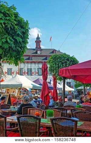 City Hall And Street Market Marktplatz In Linz Am Rhein