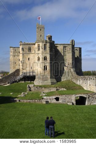 Warkworth, Castle
