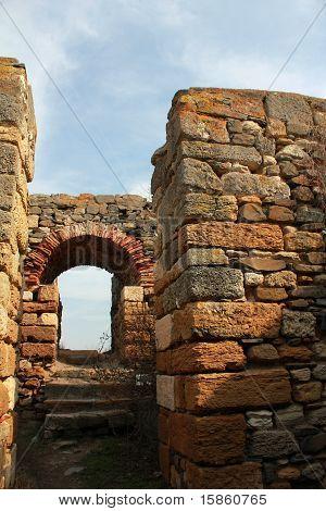 Roman ruins - the gate