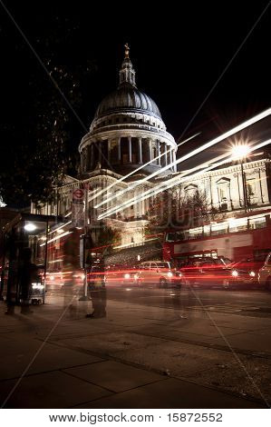 Traffic By St Paul's Cathedral At Night