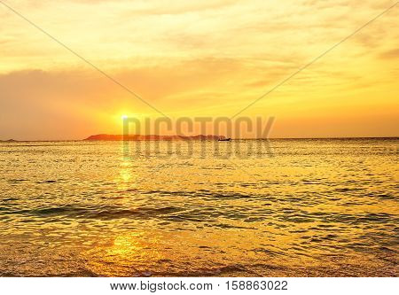 Golden hour at the sea. Evening sunset scene of the sea at Koh Lan, Pattaya, Thailand