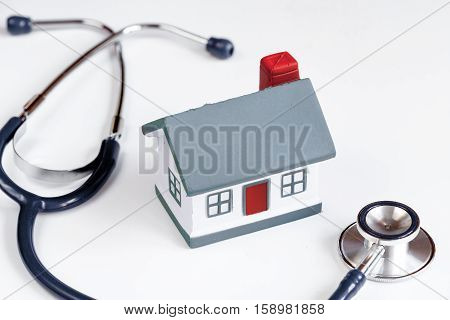concept calling doctor to home check up.
