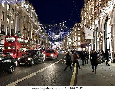 LONDON - NOVEMBER 29: Rush hour at Regent Street on November 29, 2016 in London, UK.