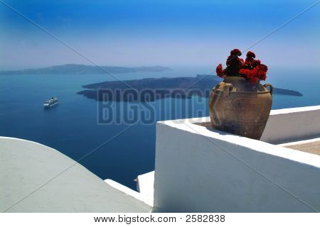 Santorini  Ship  Pot
