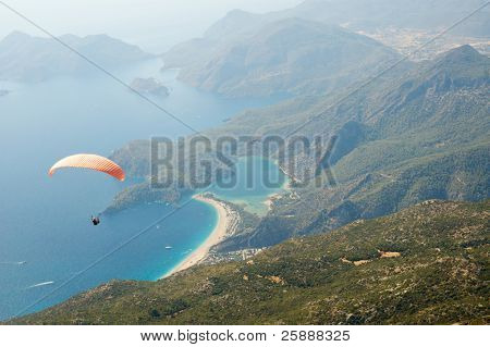 Parachuting over wonderful seascape of Oludeniz