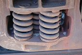 Railroad flatcar suspension springs