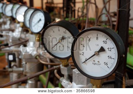 Manometers in the boiler, focus on gauges