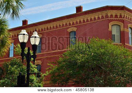 Yellow trimmed brick building in Fernandina Beach City
