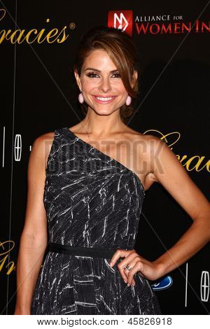 LOS ANGELES - MAY 21:  Maria Menounos arrives at the 38th Annual Gracie Awards Gala at the Beverly Hilton Hotel on May 21, 2013 in Beverly Hills, CA