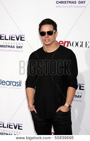 LOS ANGELES - DEC 18:  Casper Smart at the