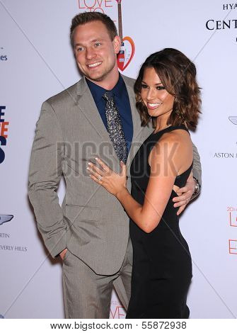 LOS ANGELES - MAY 03:  Melissa Rycroft & Tye Strickland arrives to the Race To Erase MS 2013  on May 03, 2013 in Century City, CA