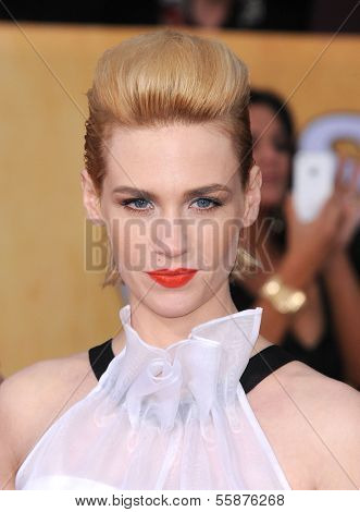 LOS ANGELES - JAN 27:  January Jones arrives to the SAG Awards 2013  on January 27, 2013 in Los Angeles, CA