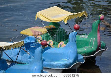 sealion pedal boat