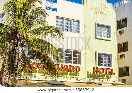 Boulevard Hotel At  Ocean Drive