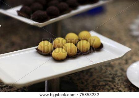 Yellow Ball Cakes