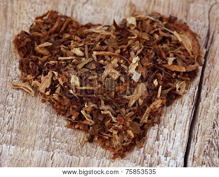 Dried Tobacco Leaves  Decorated In Heart Shape