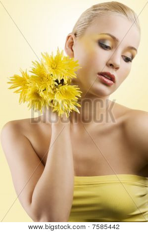 Yellow Flower Sweet Model