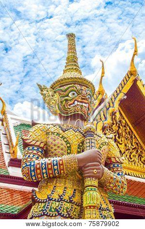 Gaint in Wat Pha Keaw
