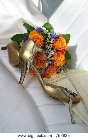 Wedding an accessory