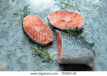 Salmon fillets with herbs
