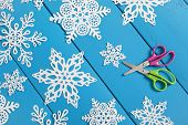 picture of arts crafts  - Snowflakes cut from paper - JPG