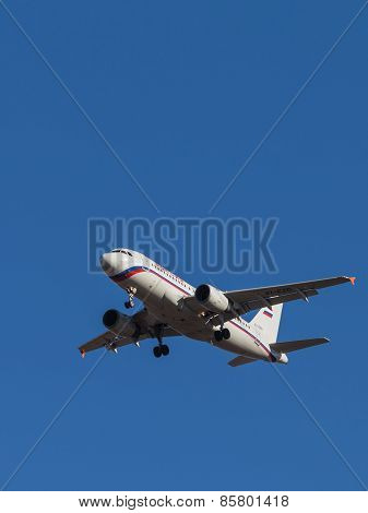 Passenger Plane Airbus A-319