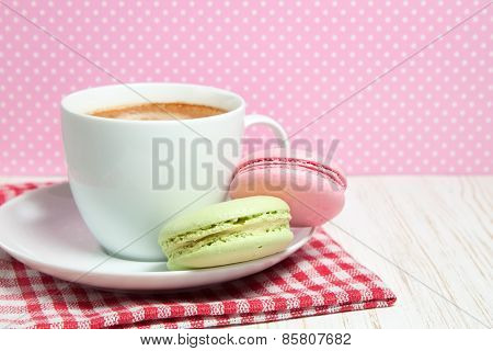 Macaroons and cup of coffee